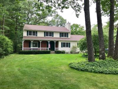 Queensbury Single Family Home For Sale: 36 Pinion Pine Lane