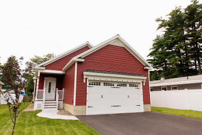 Queensbury Single Family Home For Sale: 22 Parkview Avenue