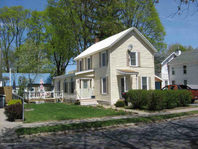 South Glens Falls Vlg NY Single Family Home Contingent Contract: $127,000