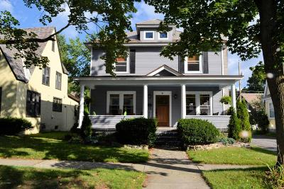 Glens Falls Single Family Home For Sale: 41 Lincoln Avenue
