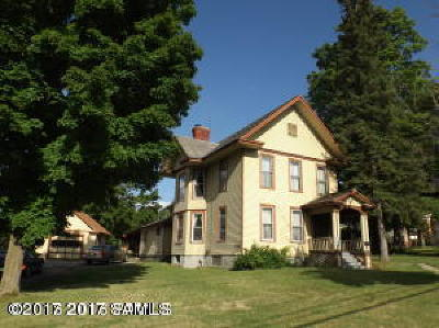 Ticonderoga Single Family Home For Sale: 180 The Portage