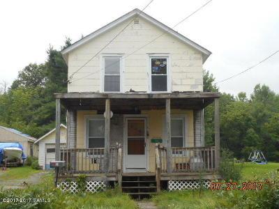 Ticonderoga Single Family Home For Sale: 50 Defiance Street