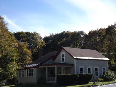 Essex County Single Family Home For Sale: 2834 Nys Route 9n