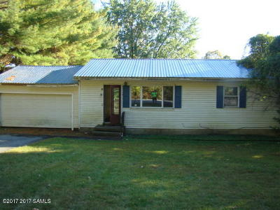 Queensbury Single Family Home For Sale: 16 Mud Pond Road
