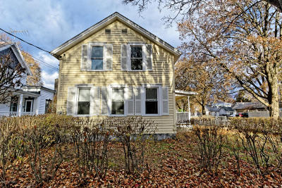 Glens Falls Single Family Home For Sale: 23 Harrison Avenue