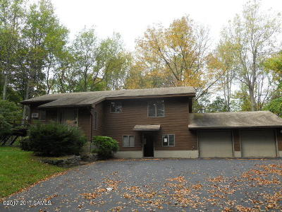 Queensbury Single Family Home For Sale: 1679 Ridge Road