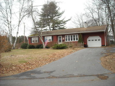 Queensbury Single Family Home For Sale: 108 Rainbow Trail