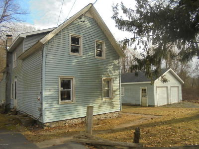 Queensbury Single Family Home For Sale: 59 Richardson Street