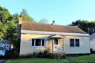 South Glens Falls Vlg NY Single Family Home For Sale: $124,900