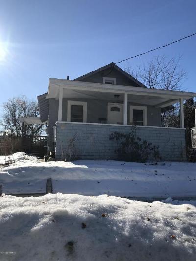 Glens Falls Single Family Home For Sale: 15 Lawton Avenue