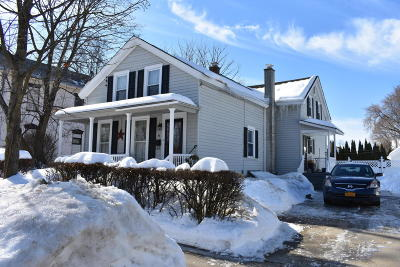 South Glens Falls Vlg NY Single Family Home Contingent Contract: $174,900