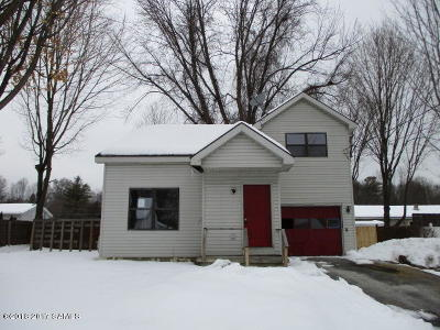 Glens Falls Single Family Home For Sale: 24 Franklin Street