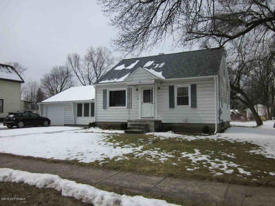 Glens Falls Single Family Home For Sale: 96 Platt Street