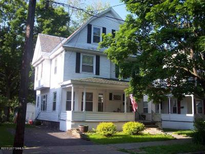 Glens Falls NY Single Family Home For Sale: $134,900