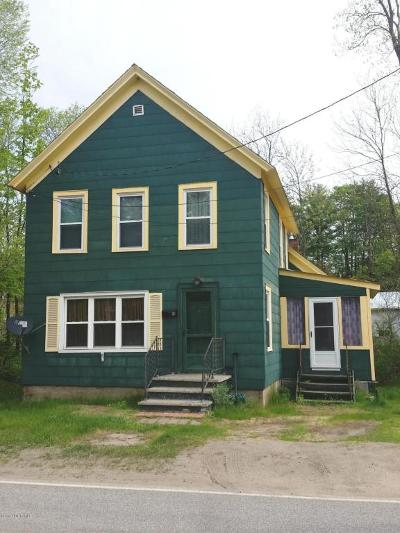 Warrensburg NY Single Family Home For Sale: $124,900