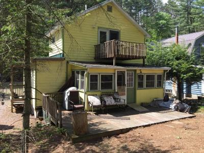 Hadley NY Single Family Home For Sale: $150,000