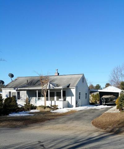 Queensbury Single Family Home Contingent Contract: 19 Cottage Hill Road