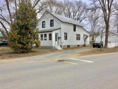 South Glens Falls Vlg NY Single Family Home Contingent Contract: $99,900