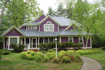 Lake George NY Single Family Home For Sale: $389,000