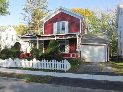 Hudson Falls Vlg Single Family Home For Sale: 7 Hudson Place