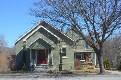 Ticonderoga Single Family Home For Sale: 25 Montcalm Street