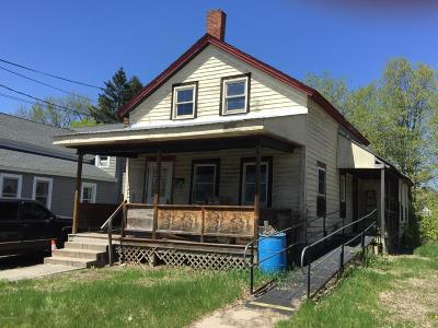 Single Family Home Sale Pending: 15 New Street