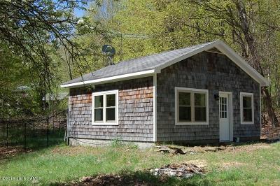 Salem Single Family Home For Sale: 35 Hebron Hills
