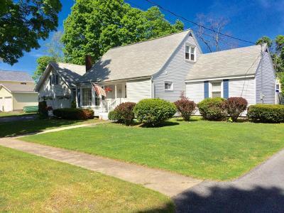 Hudson Falls Vlg Single Family Home For Sale: 18 Parkwood Avenue
