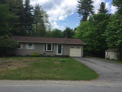 Queensbury NY Single Family Home For Sale: $184,900
