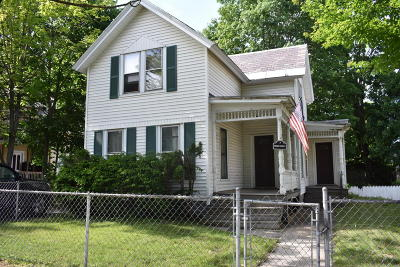 Glens Falls Single Family Home For Sale: 7 Third Street