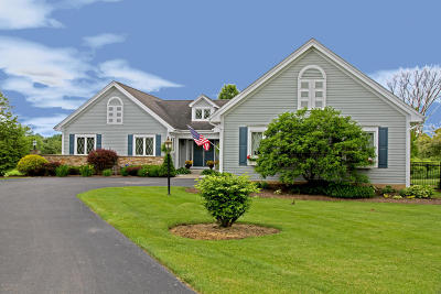 Queensbury NY Single Family Home For Sale: $449,000