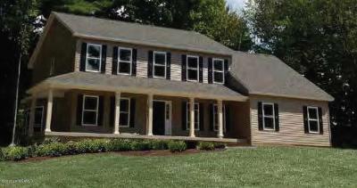 Moreau Single Family Home For Sale: 9 Macory Way