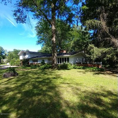 Queensbury Single Family Home For Sale: 64 Chestnut Ridge Road