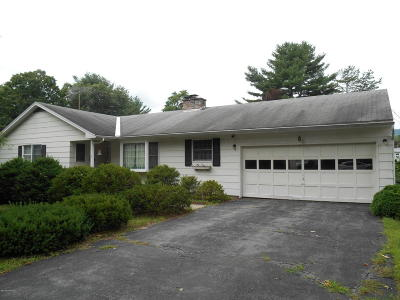 Queensbury NY Single Family Home For Sale: $179,900