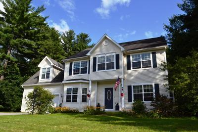 Queensbury Single Family Home For Sale: 96 Farr Lane