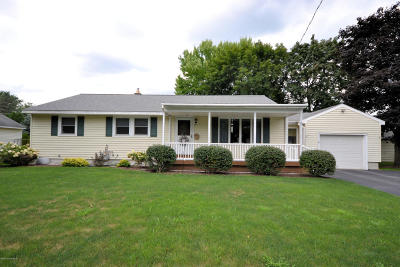 Fort Edward Single Family Home Contingent Contract: 6 Bascom Drive