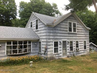 Single Family Home Contingent Contract: 92 Mohican Street