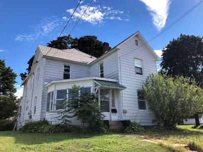 Corinth NY Multi Family Home For Sale: $110,000