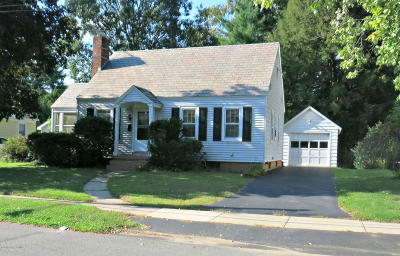 Glens Falls Single Family Home For Sale: 74 Webster Avenue
