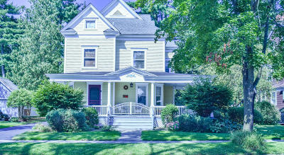 Glens Falls Single Family Home For Sale: 3 Horicon Avenue