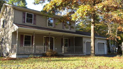 Queensbury Single Family Home Contingent Contract: 14 Wayne Court