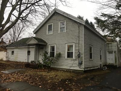 Glens Falls, Queensbury, Warrensburg, South Glens Falls Vlg, Hudson Falls Vlg, Fort Edward, Argyle Single Family Home For Sale: 19-21 Walnut Street