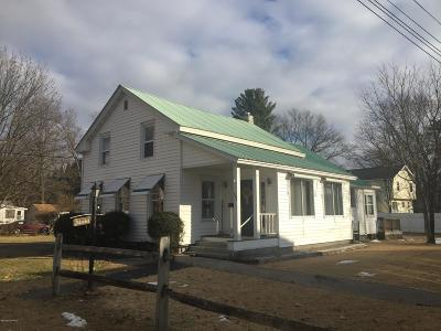 Fort Edward Single Family Home Contingent Contract: 546 Lower Oak Street