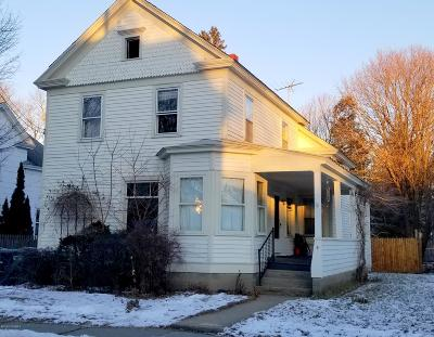 Glens Falls, Queensbury, Warrensburg, South Glens Falls Vlg, Hudson Falls Vlg, Fort Edward, Argyle Single Family Home For Sale: 4 School St