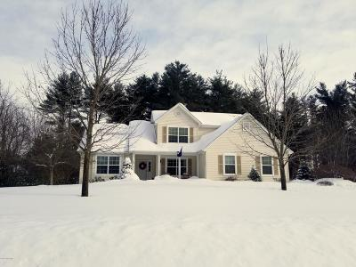 Queensbury Single Family Home For Sale: 108 Farr Lane