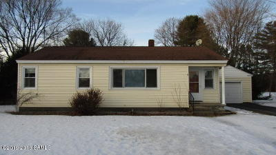 South Glens Falls Vlg Single Family Home For Sale: 9 Bluebird Road