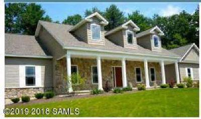 Moreau Single Family Home For Sale: 8 Kadnorida Drive