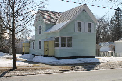 Glens Falls Single Family Home For Sale: 54 Knight Street