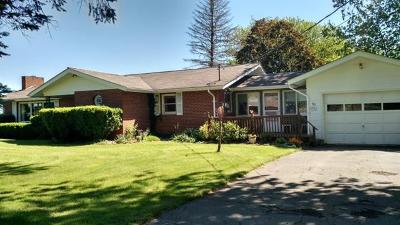 Single Family Home Sold: 70 Butternut Flats