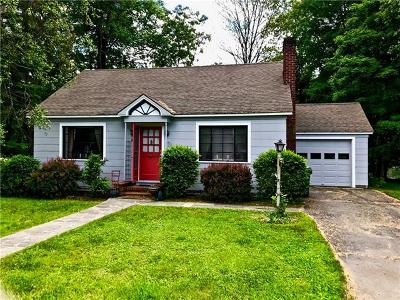 Single Family Home For Sale: 342 Delaware Drive